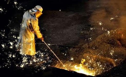 特朗普称工人失业怪中国