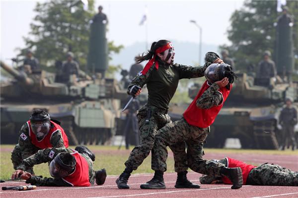 韩国建军节进行花式表演庆祝