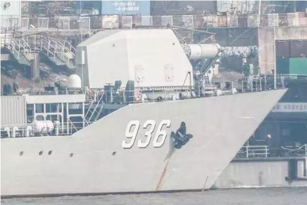 中国电磁炮上舰测试,此为世界首例