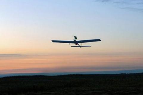 印度试飞新型无人机成功,飞行高度可达6700米