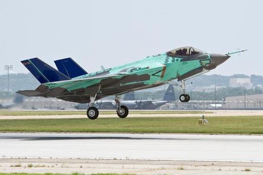 美F35战机突曝隐身缺陷,要解决是一个不小的挑战