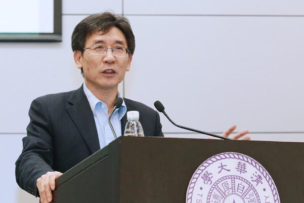 首届创新争先奖获得者清华大学薛其坤教授是个怎样的人?