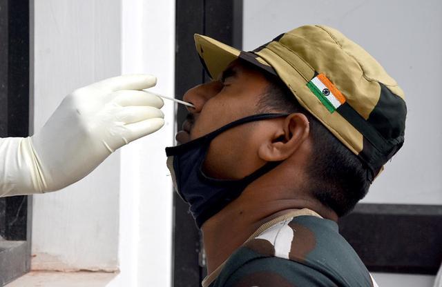 印度边境安全部队101人确诊感染新冠病毒肺炎
